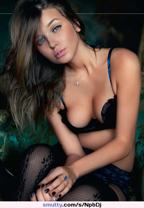 how to watch vr porn free #Brunette#Perfect#Breathtaking#Bed#SullivanFavs