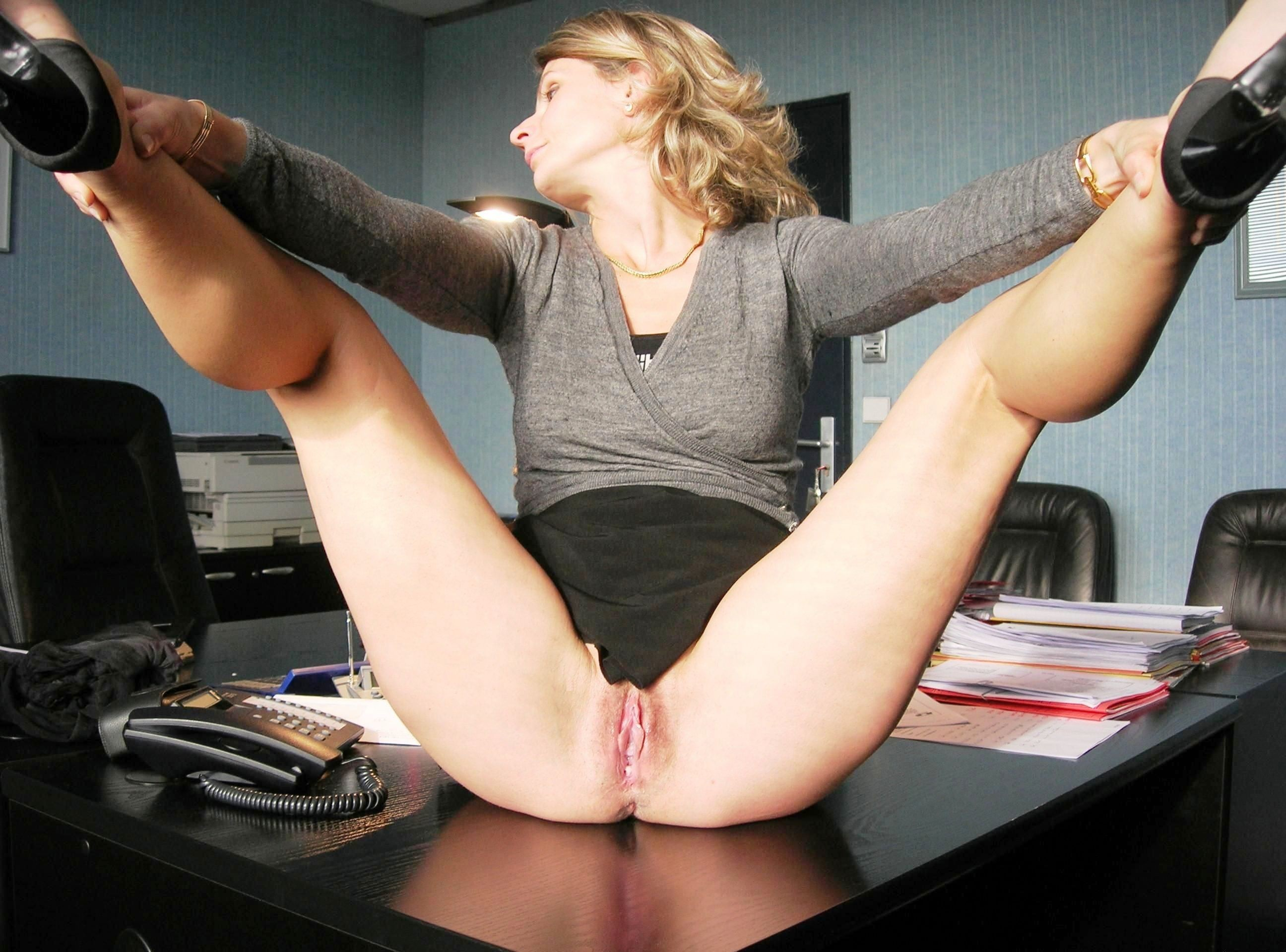 bossy egyptian lady tortures her well hung white slave