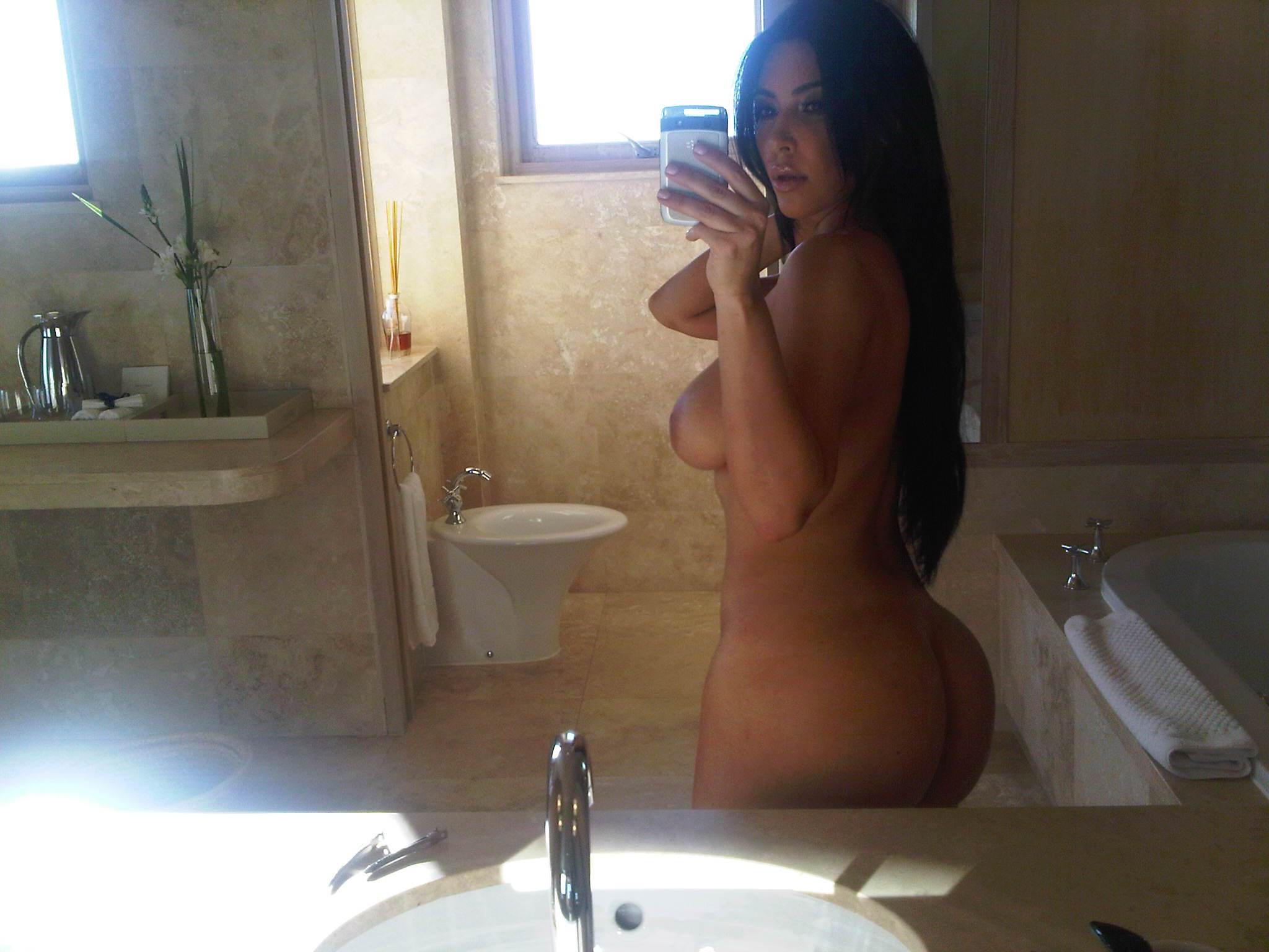 free adult video chat for people looking
