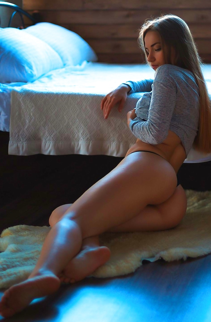 oiled babe fingers her squirting pussy close Athletic, Brunette, Facingthetrueme, Hot, Nonnude, Perfectass, Perfectthighs, Thighgap