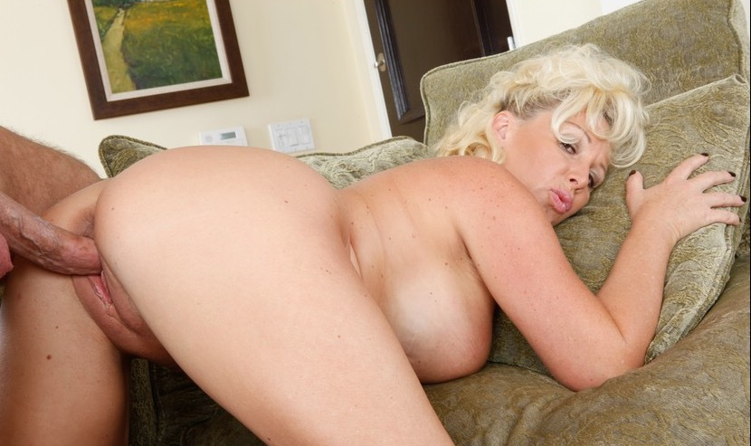 in gallery gizelda anal creampie picture