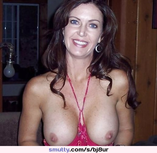 mia isabella loves to wank herself off