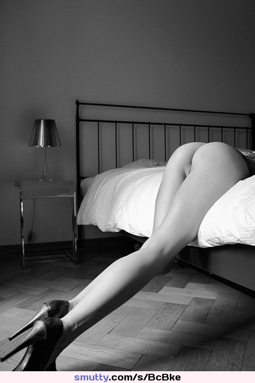 german milf with amazing body undressing in hotel room