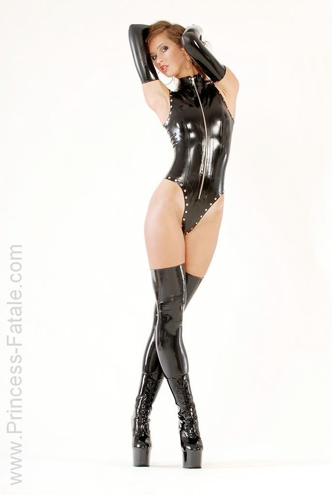 showing images for feet soles joi xxx #latex #princessfatale #longgloves #stockings #highheels #plateaus #greatlegs #greatbody #slimwaist #wanttofuckher #femdom #body #gorgeous